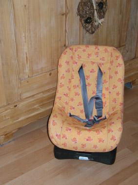 Kindersitz-nachher.jpg.0b16bf58eefd939f4b3f496b4c361aeb.jpg