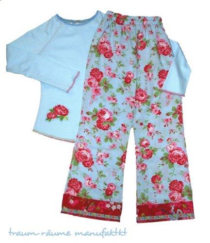 Smila-Pyjama.jpg.046b867cec13153e4d7728f8cf107137.jpg