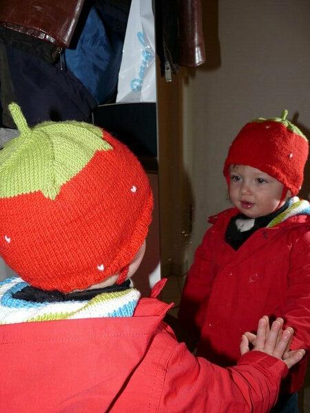 Mütze als Erdbeere