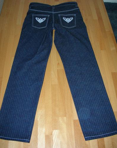 Jeans_002.jpg.634fc9026908d57b392ba15422e1e720.jpg