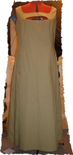 Kleid.jpg.b86aafbf95e1cc5cd3c34c7309940210.jpg