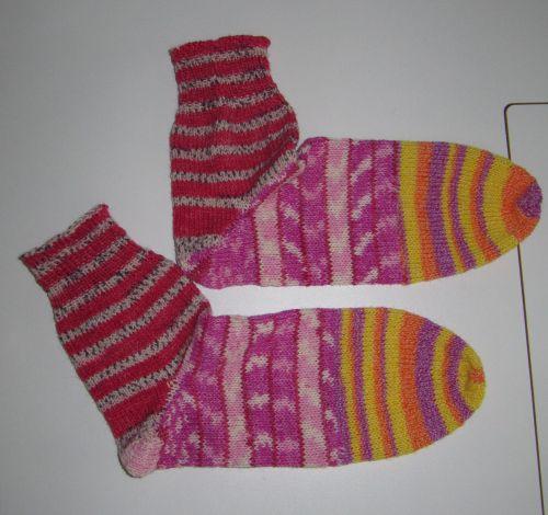 Socken.jpg.64c67415b41242aa290c7de034f6d8c2.jpg