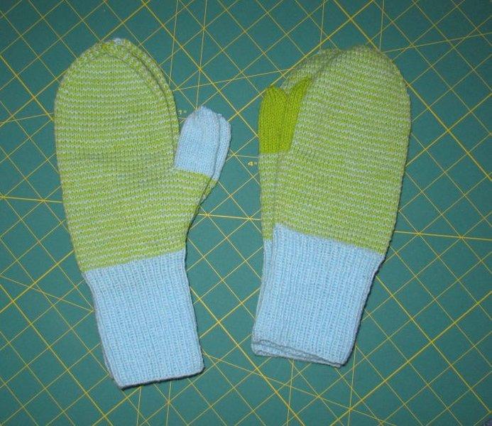 Handschuhe.jpg.ef9143b1910813258f5dfed8c55393ab.jpg