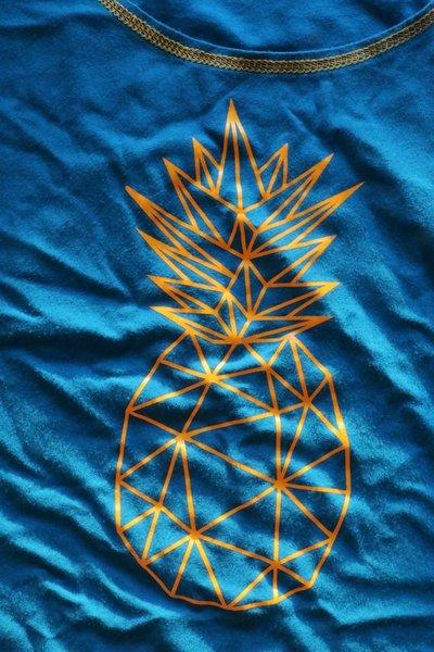 AnanasshirtIMG_0068.jpg