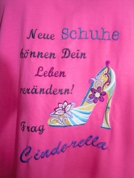Cinderella.JPG.c0ab013d8fde68ee9be3d0a5a01647d7.JPG