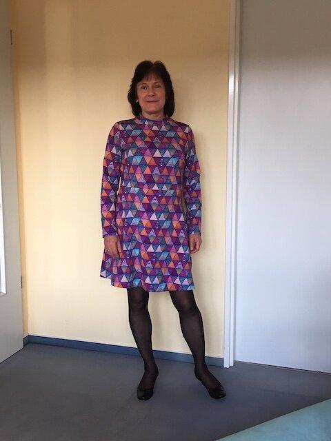 Buntes Kleid Stoff_Stil