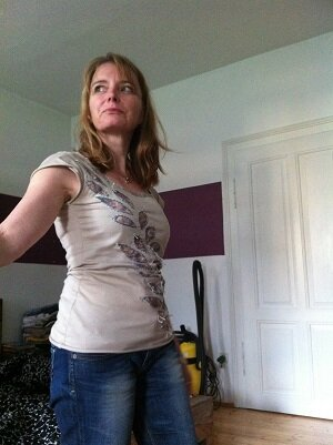 Shirt Alabama Chanin OberStoff: Trigema Putzlappen Unterstoff/Applikation Spitzenjersey Stoffenspektakel