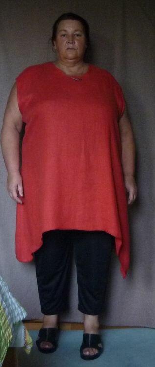 rote Leinentunika in Natur sitzen die Hosen perfekt, der leichte Stoff verzieht sich bei jeder Bewegung  Schnitt: selbst erstellt Stoff: roter Leinen Hosen aus leichter weicher Bauwolle wieder nach  Burda 8108