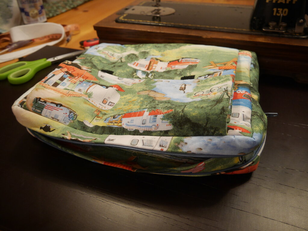 """Notebooktasche """"Camping"""""""