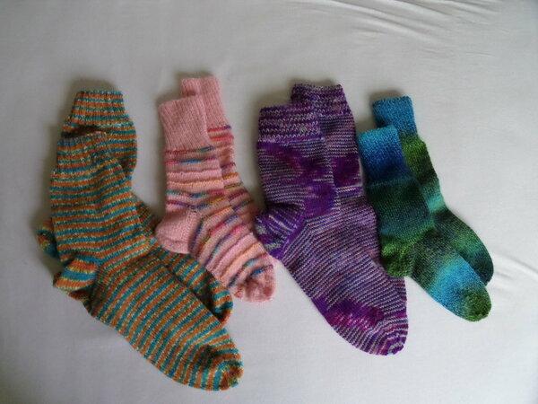 Socken für die komplette Tochterfamilie 1