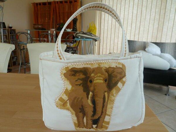 Afrikahandtasche P1010239a