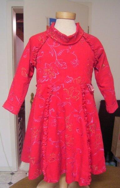 Kleid zu Weihnachten Roos Modell 3001