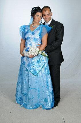 Ja, das ist nicht dieses jahr genäht, sondern 2008. Mein ganzer stolz, mein Hochzeitskleid.