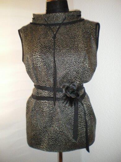 Bluse aus Baumwolle mit schwarzer Seide