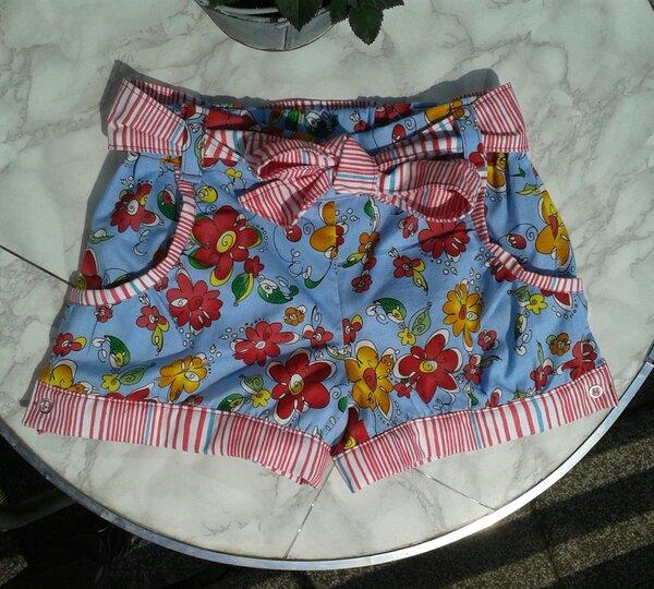 Shorts aus Baumwollgewebe Gr. 116