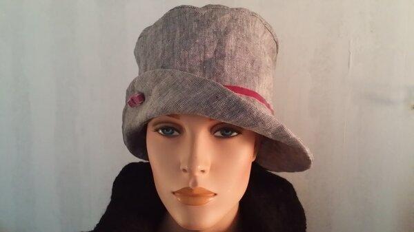Hut aus Fischgrät-Leinenstoff
