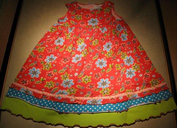 Sommerkleid mit Saumergänzung