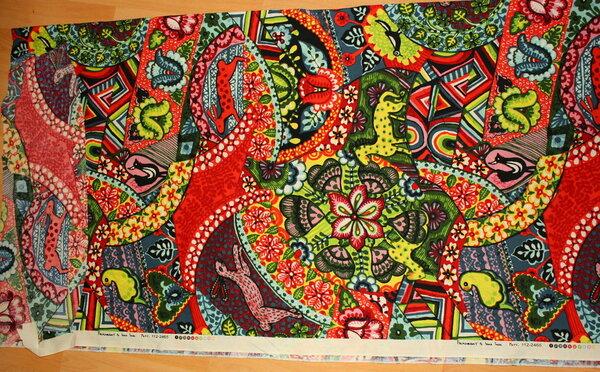 76. Baumwollstoff Folk Heart by Sara Trail 0,90 x 1,10 m + 0,16 x 0,50