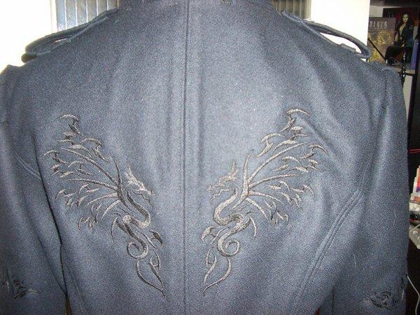 ...Stickerei auf dem Rücken im Detail....