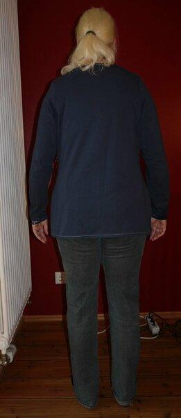 HS Shirt2 Rückenansicht inzwischen stark veränderter Ottobre Shirt Schnitt aus dem Creative Set