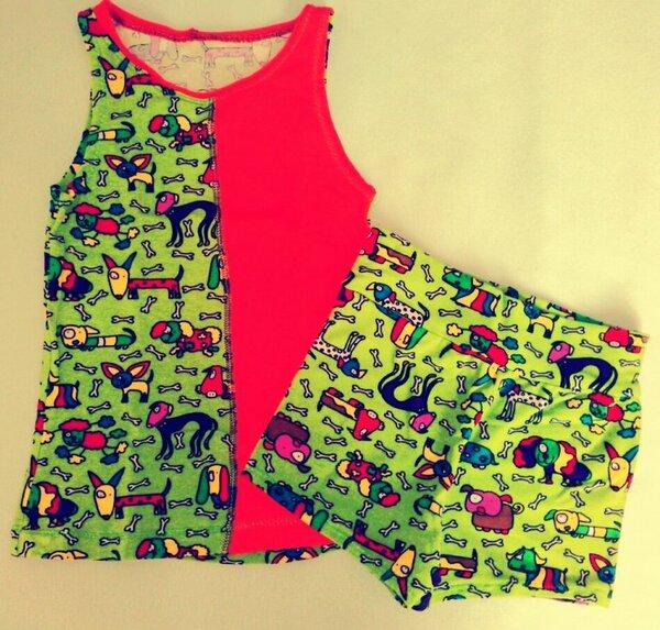 Nocheinmal Speedy (farbenmix), die Hose etwas verlängert um auch als Shorts bei dem warmen Wetter getragen werden zu können