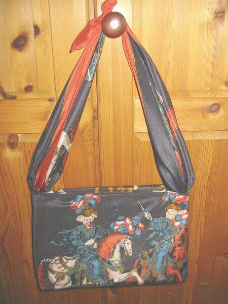 Seitentasche3