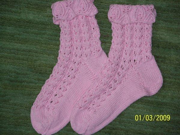 Lochmustersocken rosa, Anleitung aus einer Sabrina Socken, etwas modifiziert
