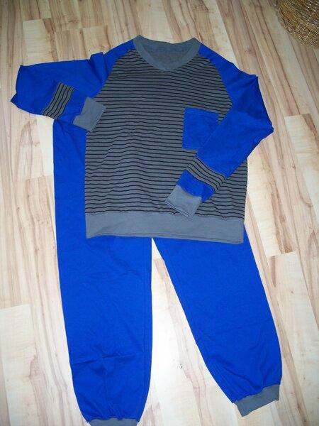 Schlafanzug königsblau