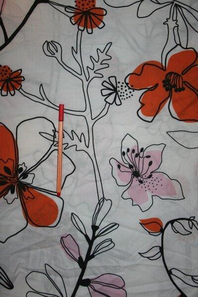4. Baumwolle mit Blumen