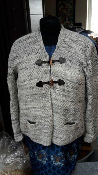 Trachtenjacke  Trachtenwolle von schachenmayr Knöpfe buttinette