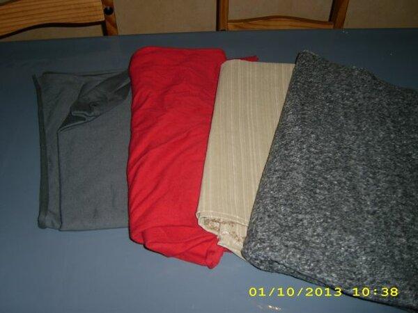 Sweat grau Sweat rot elastischer Hosenstoff gestreift Boucle