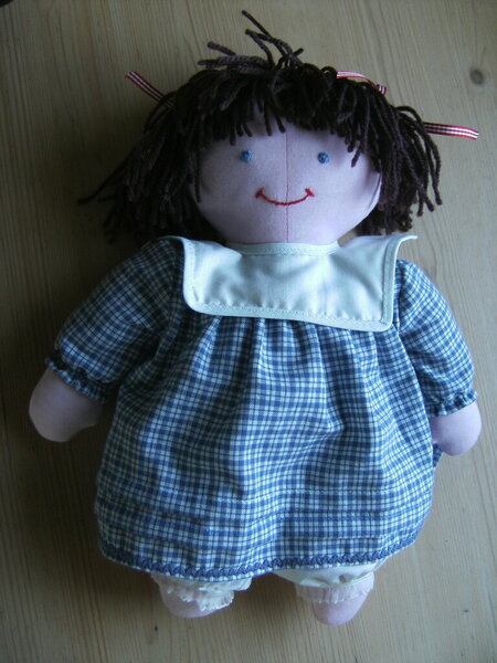 Puppe 35 cm gross