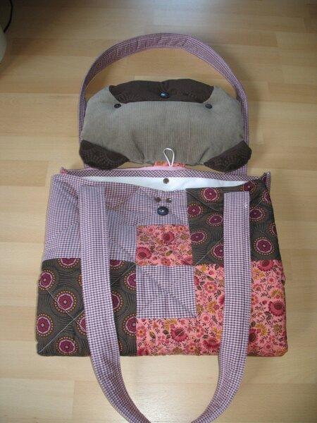 Detailfoto Zusammenlegen der Tasche