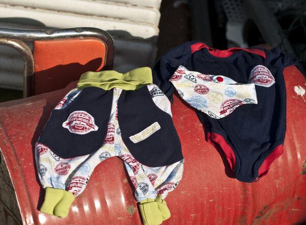 Babykombi aus Body, Hose und Halstuch in Größe 62