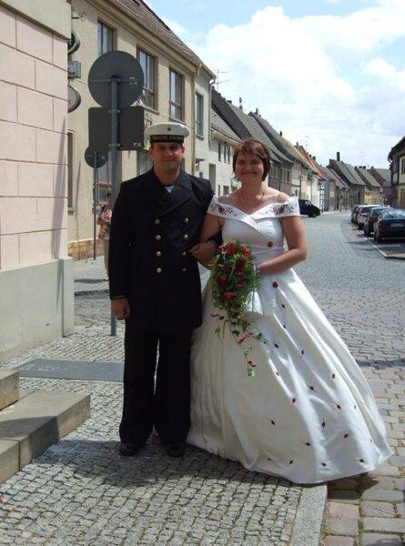 Brautkleid von vorn