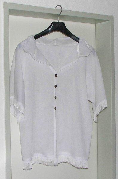 weiße, transparente Bluse