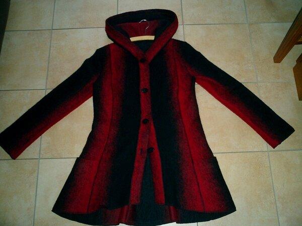 Wollwalkjacke rot schwarz
