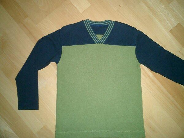 Pulli aus Sommersweat in grün und blau