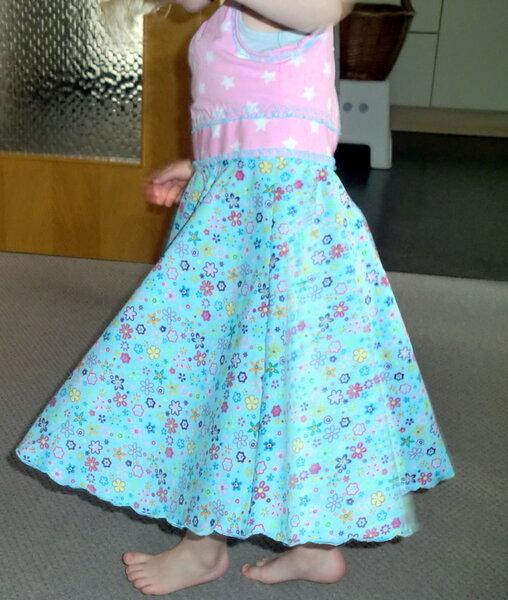Mädchenkleid New Look 6688