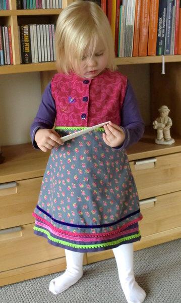 Arwen, Mädchenkleid