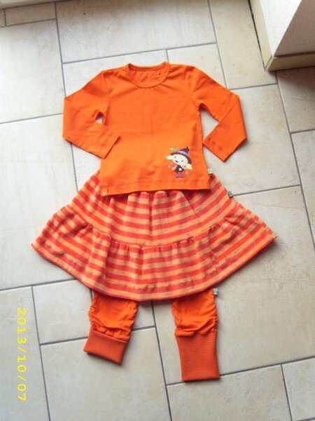 orange Kombi
