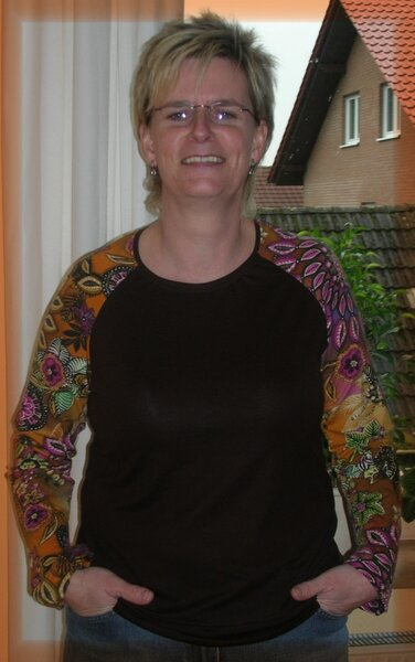 Zoela-Shirt