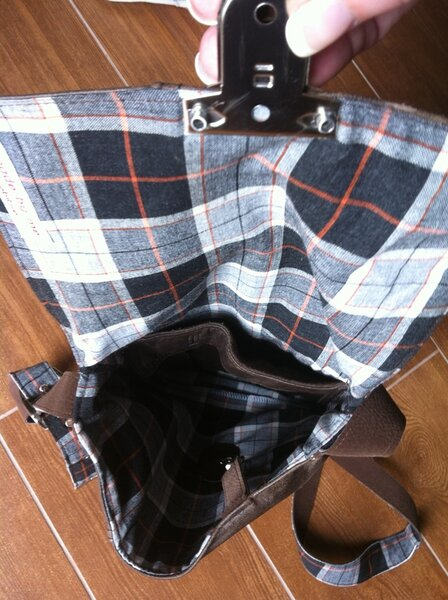 Leder-Herren-Tasche recycled aus einer Lederjacke