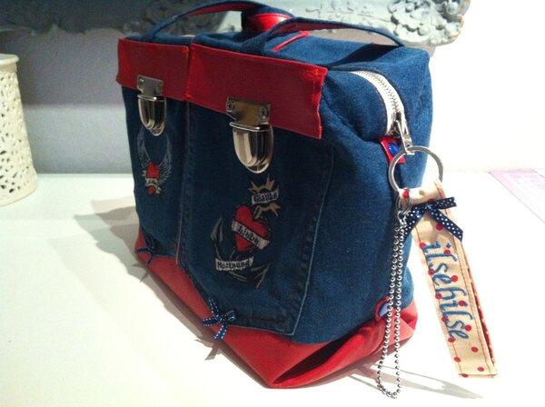 Mailand aus Jeans und Kunstleder