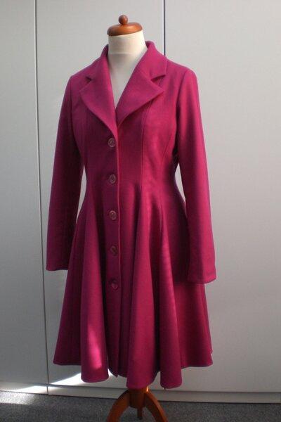 Mantel in Pink Vorderseite