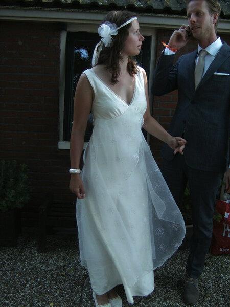 Kleid 103 aus Burda 3 / 2011