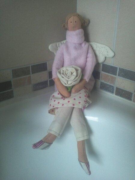 Ein Tilda Engel