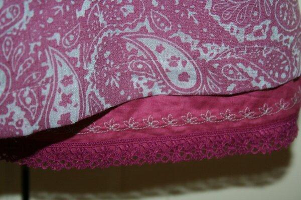 Detailbild Saum zum Kleid 12 aus Ottobre 3/2012