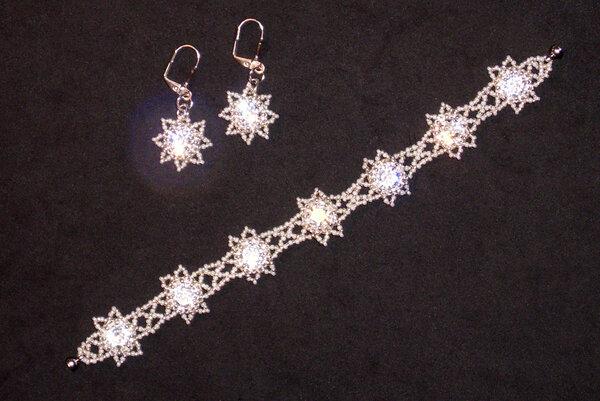 Kristallschmuck aus Glasperlen in Silber und Perlweiß