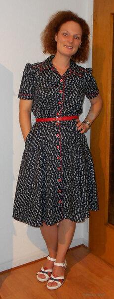 Jede Frau braucht ein Ankerkleid...
